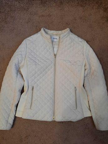Куртка  Ostin женская белая
