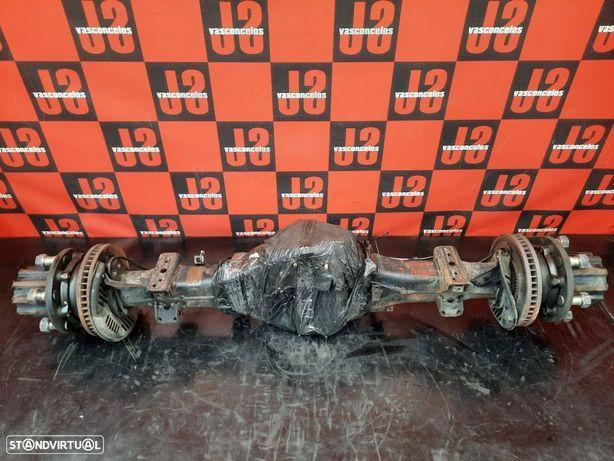 Eixo traseiro rodado duplo Toyota Dyna L 05´