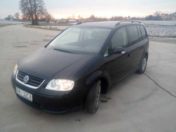 VW Touran 1.9 105 km 2004 rok