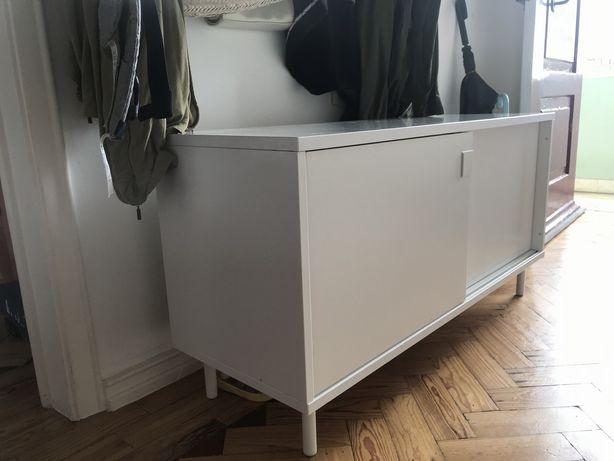 Móvel Ikea branco
