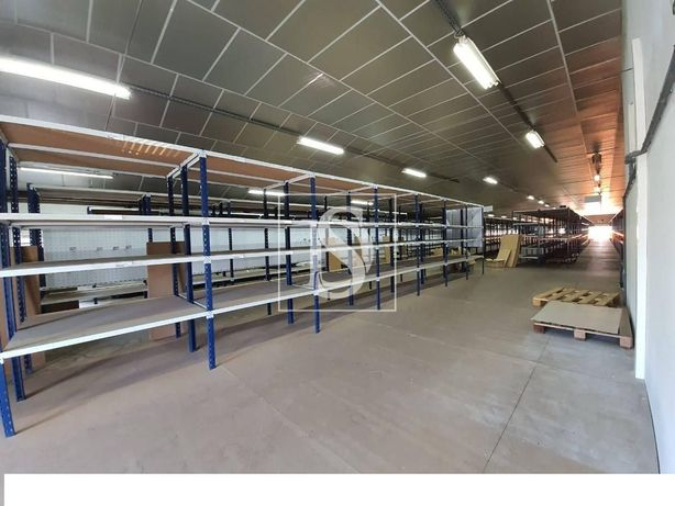 Pavilhao Industrial em Valença