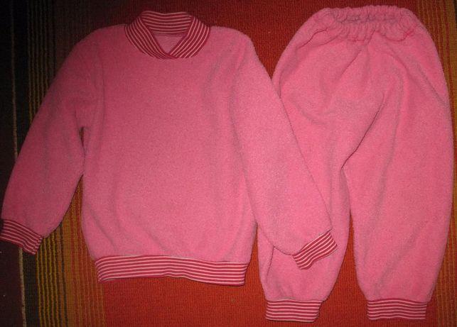 Костюм (штаны и пайта) спортивный для девочки 2-2,5 лет