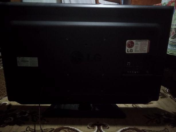 Телевізор LG 42 дюйма битая матрица