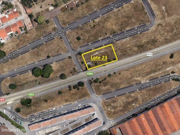 Vende-se Lote de Terreno para construção com 345,15 m2 em...