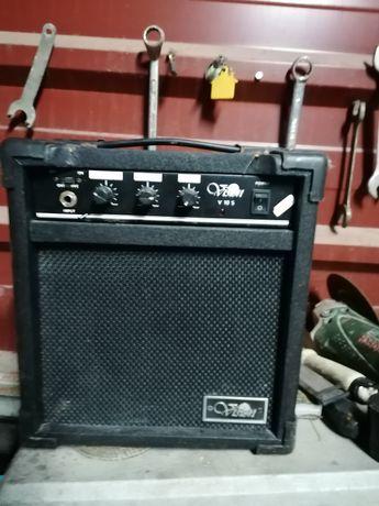 Caixa amplificador de som +microfone +guitarra eléctrica