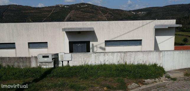 Moradia T3 Venda em Raiva, Pedorido e Paraíso,Castelo de Paiva
