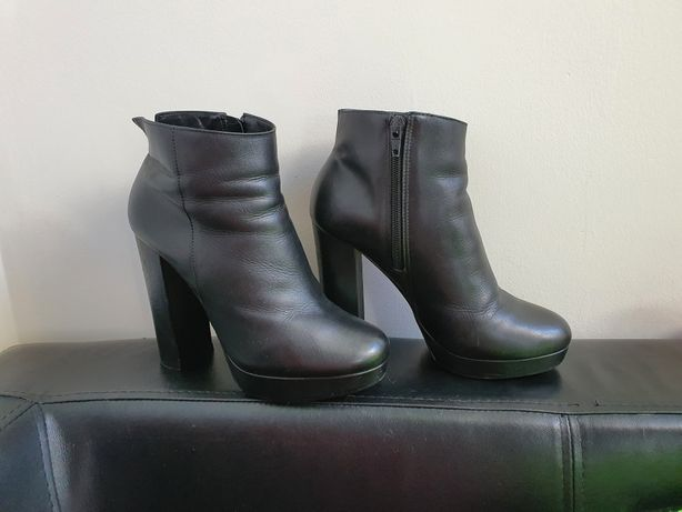 Botki skórzane ALDO 38 czarne na platformie koturny buty 24.5cm