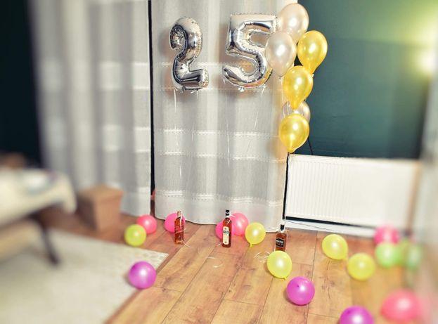 Pompowanie balonów helem