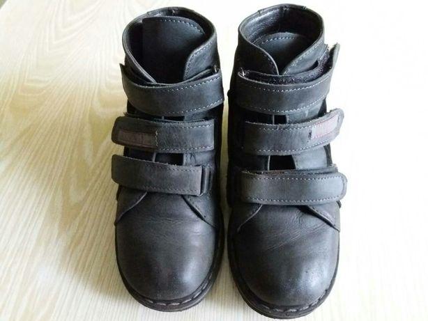 Ортопедические ботинки демисезонные 30 размер.
