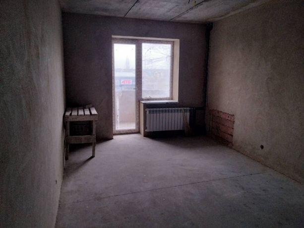 Продам 3 комнатную на Сахарова в кирпичном доме