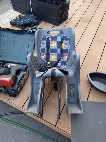 Fotelik rowerowy na bagażnik