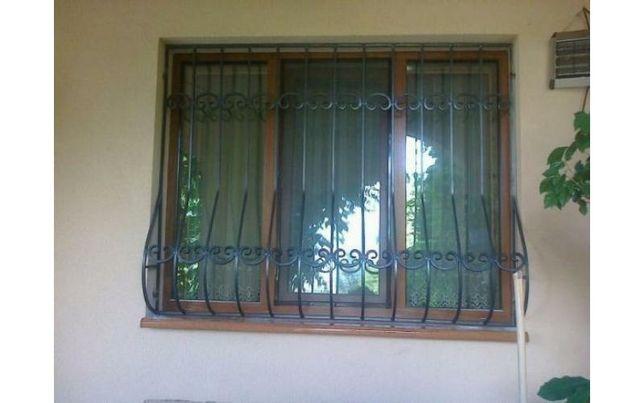 Решетки на окна. Изготовление, покраска и установка.