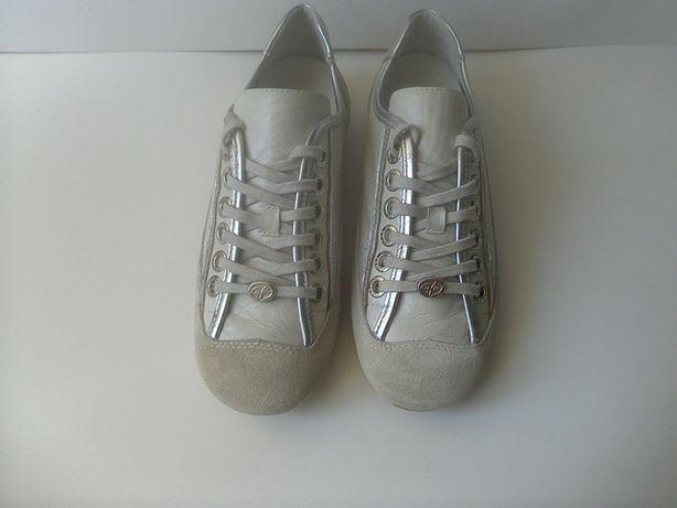 Туфли- кроссовки WEEKEND р.38 длина стельки 25 см.