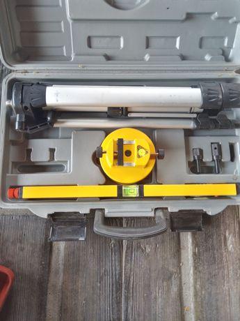 Poziomica laserowa 88901. Topex mało używana