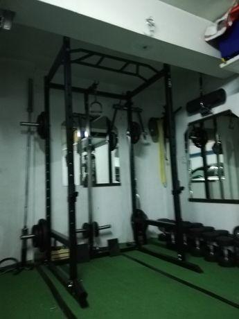 Power rack como nova