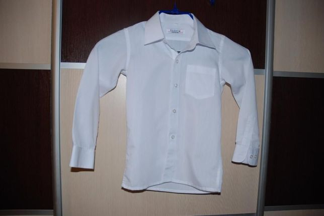 Нарядная рубашка на мальчика р. 110