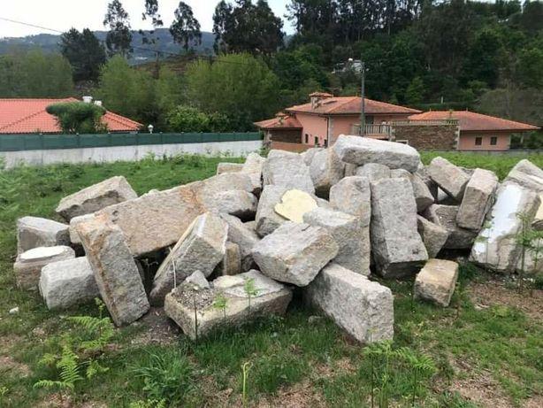 Pedra para (re)construção
