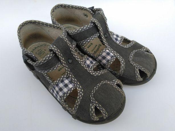Детская обувь, ботинки. чешки