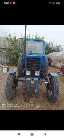 Продам трактор!Все вопросы по телефону.
