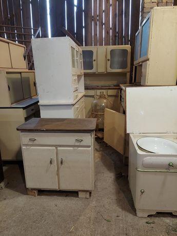 Stare meble kuchenne szafki i kredens prl