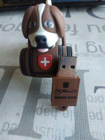 USB флешка от Moser