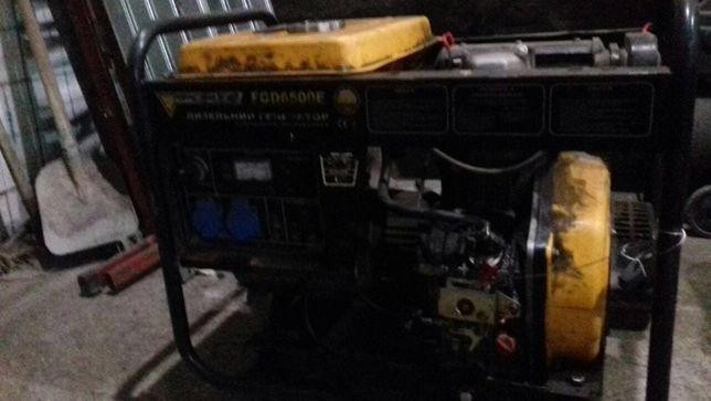 срочно продам дизельный генератор