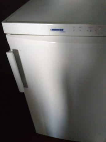 Liebherr морозильная камера