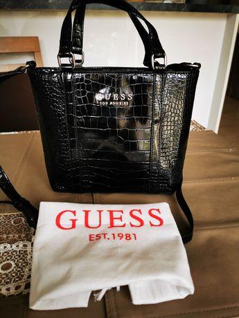 Elegancka torebka damska marki Guess
