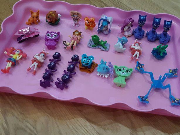 Продам киндер игрушки
