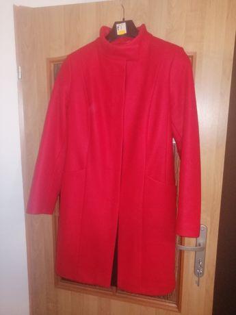 Płaszcz czerwony 40 stan idealny