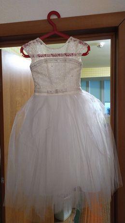 Продам платтячко на вік 4-6 років