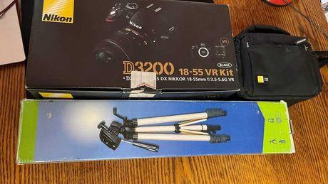 Nikon 3200 18-55 VR Kit + Штатив + Карта памяти+ сумка.