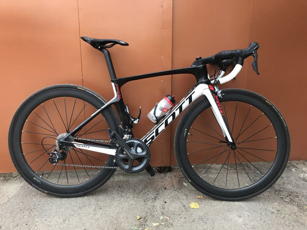 Велосипед шоссейный Scott Foil 20