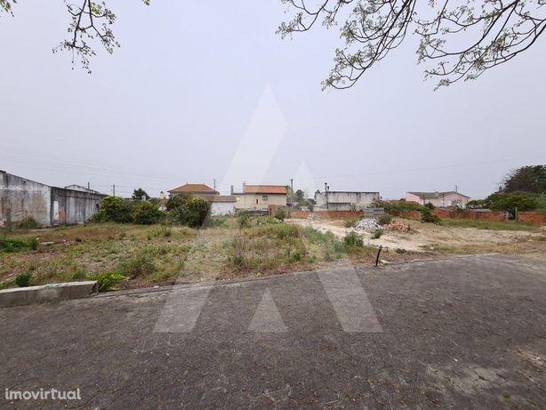 Terreno para construção de moradia unifamiliar!