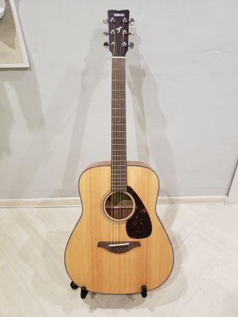 Акустическая гитара Yamaha FG800