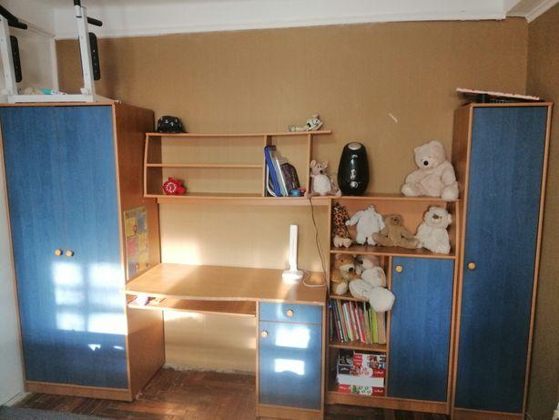 Стенка Юнио (шкаф, письменный стол, комод)