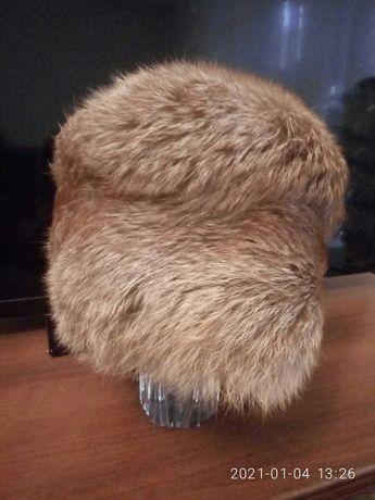 Меховая шапка с лисы
