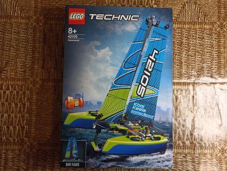 Новый Конструктор Лего LEGO Technic Катамаран 404 детали (42105)