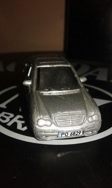 Mercedes c320 model 1:62