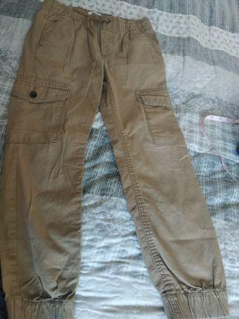 Джогеры, джинсы на мальчика 8-9 лет