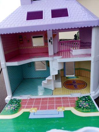 Domek dla lalek przenośny z rączka 30x40cm