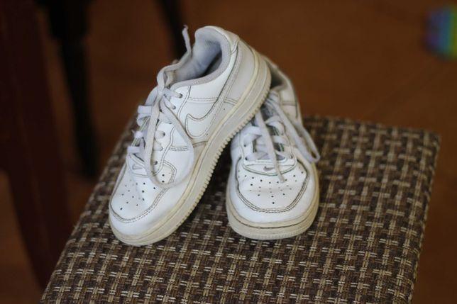 Кожаные кроссовки Nike унисекс 28р