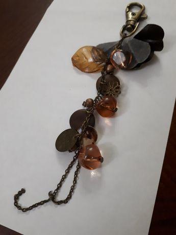 Підвіс брелок на ключі або сумочку