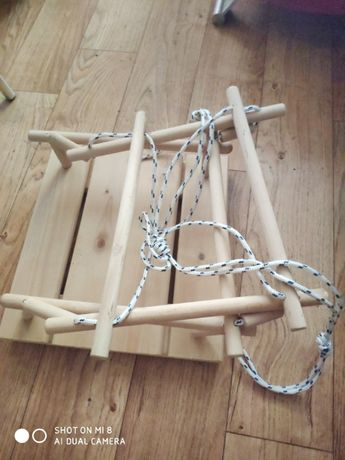 Huśtawka drewniana dla dziecka