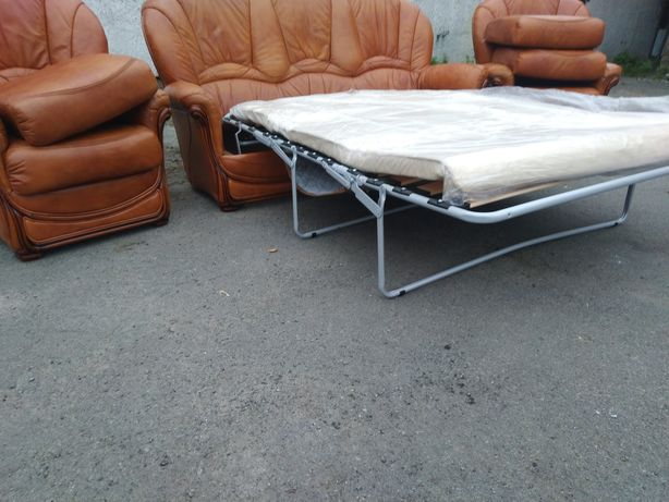 Кожаный комплект 3+1+1.Комплект мягкой мебели