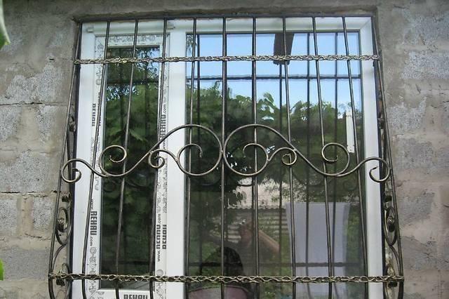 Решетки на окна, двери, балкон. Кованые и сварные. Установим. Доставим