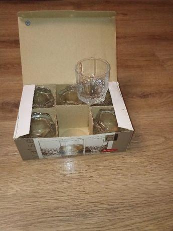 Продам набор стаканов стеклянных