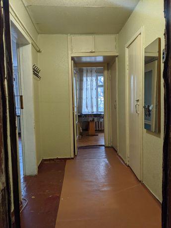 Продам однокомнатную квартиру на 1-ом этаже
