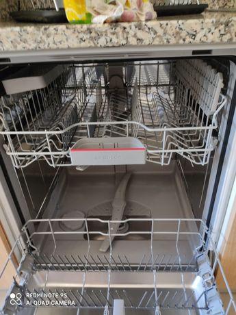 Máquina de lavar loiça Bosch