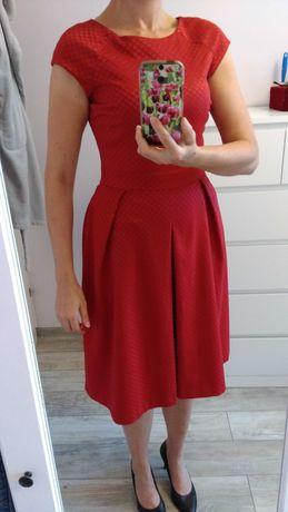Czerwona sukienka koktajlowa midi Reserved r. 38